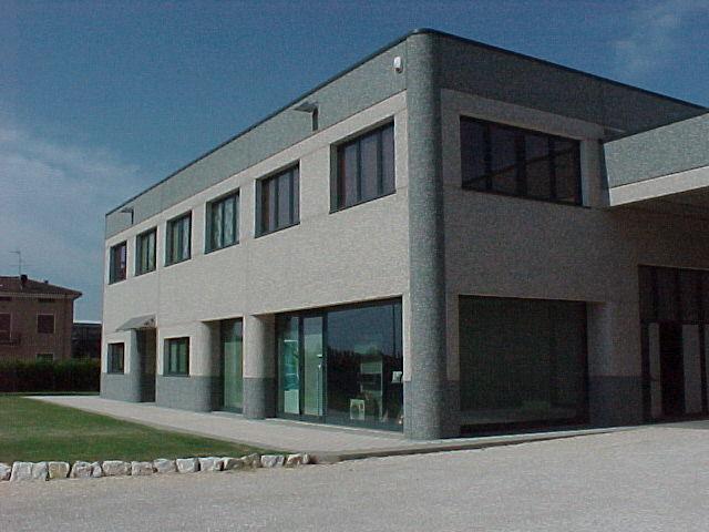 MVC-001F
